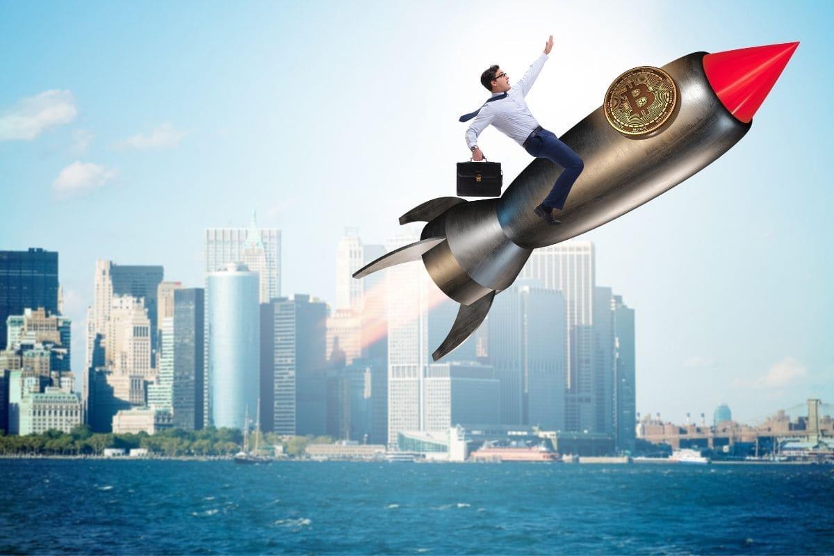 モルガンスタンレーがビットコインに投資したらどこまで伸びる?