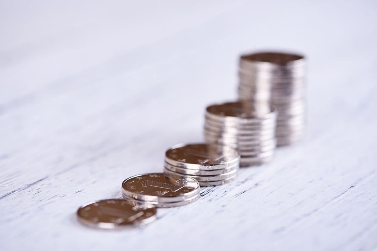 仮想通貨のステーキングによる資産の増え方